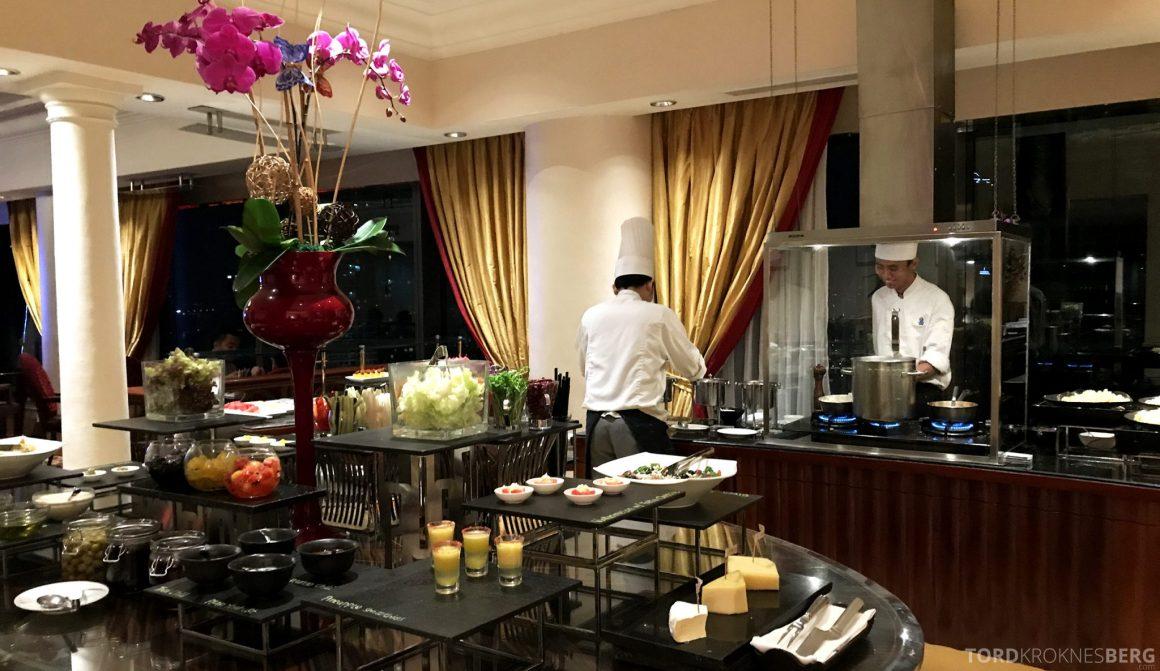 Ritz-Carlton Jakarta Club Lounge hors d'oeuvre kokk