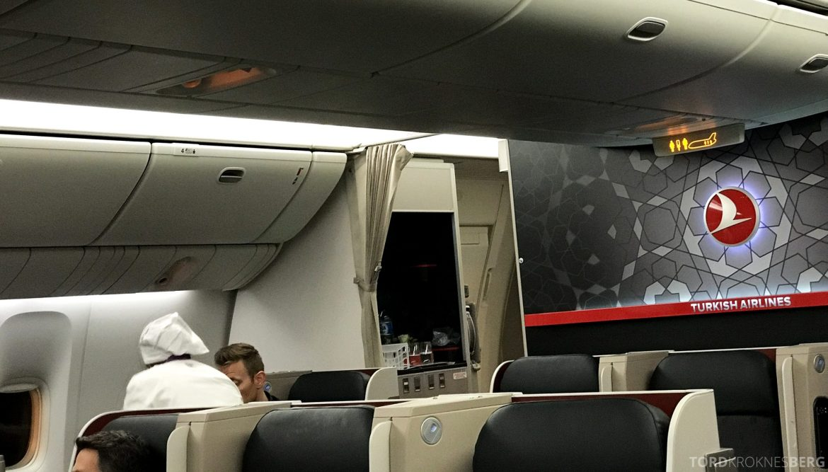 Turkish Airlines Business Class Jakarta Istanbul kokk