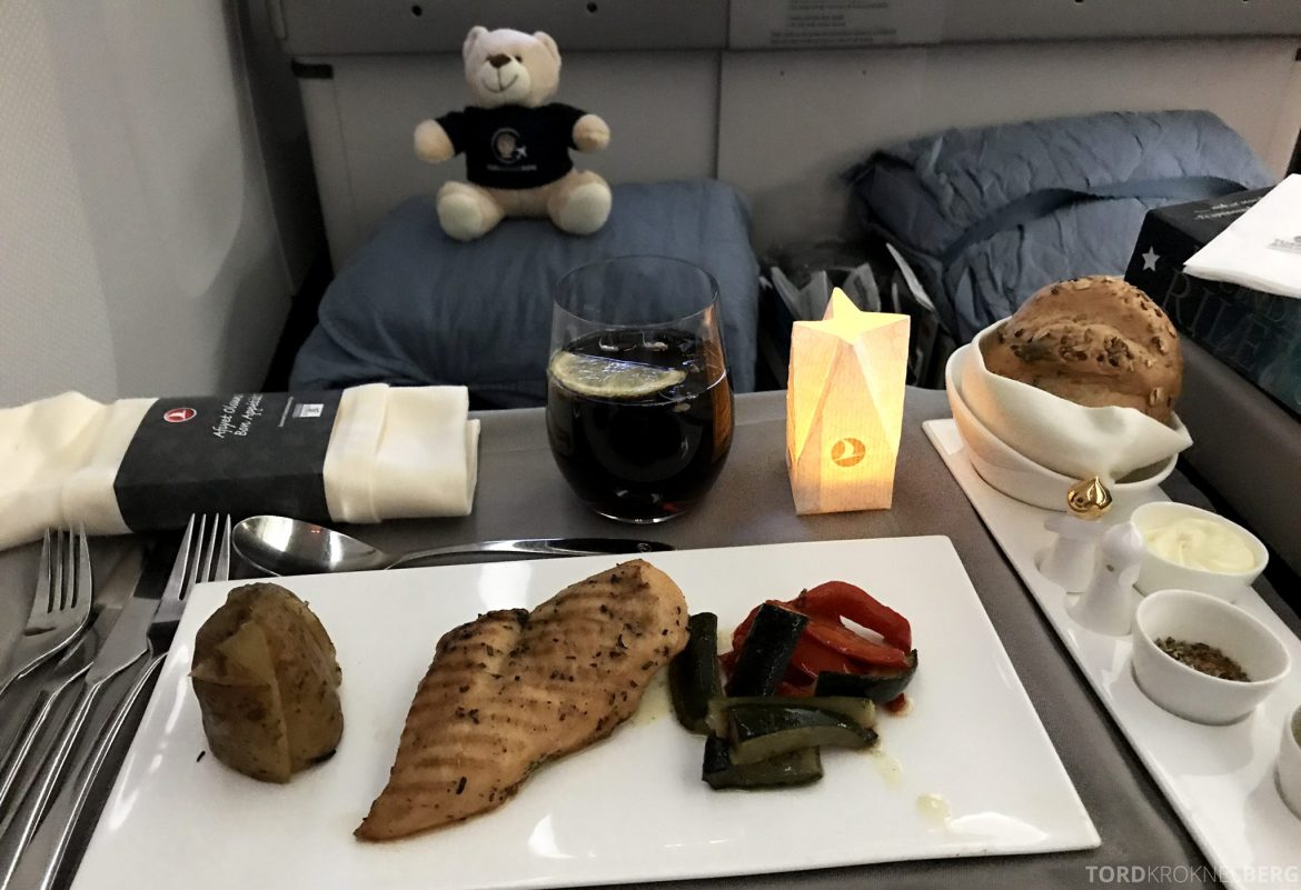 Turkish Airlines Business Class Jakarta Istanbul hovedrett