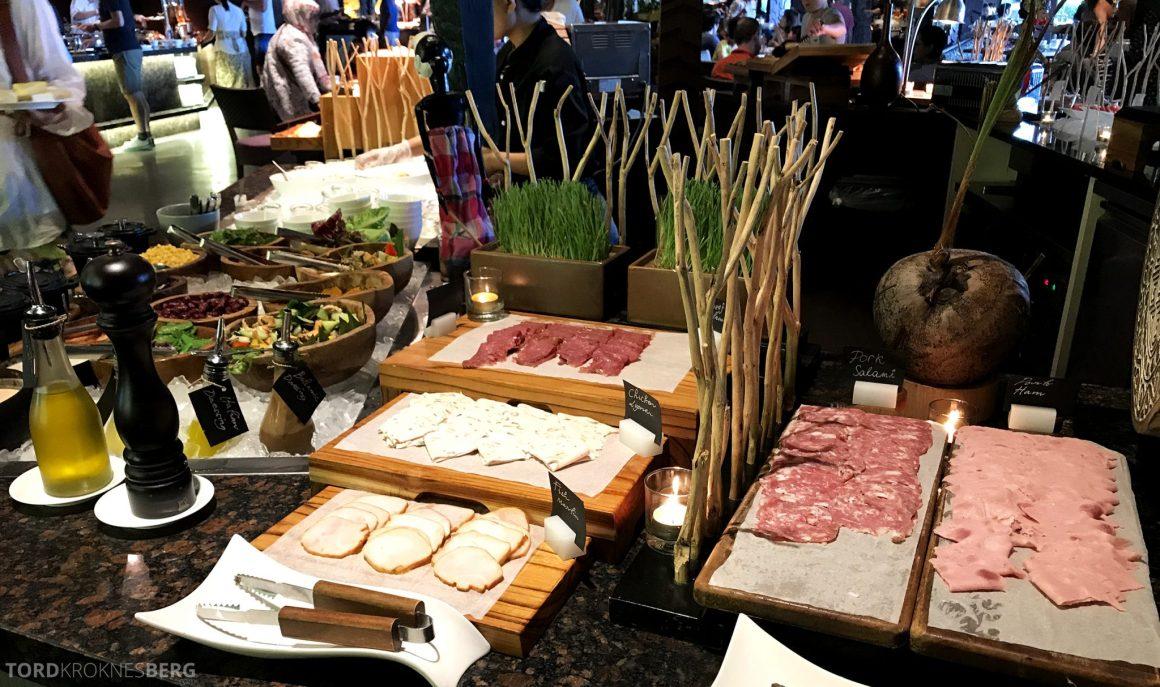 Ritz-Carlton Bali frokost pålegg