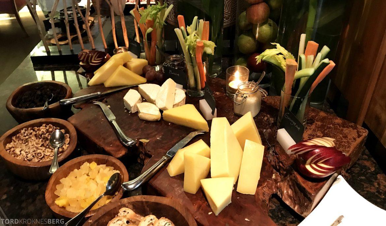 Ritz-Carlton Bali frokost ost
