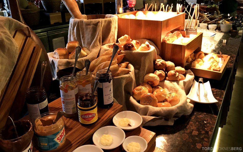 Ritz-Carlton Bali frokost brød