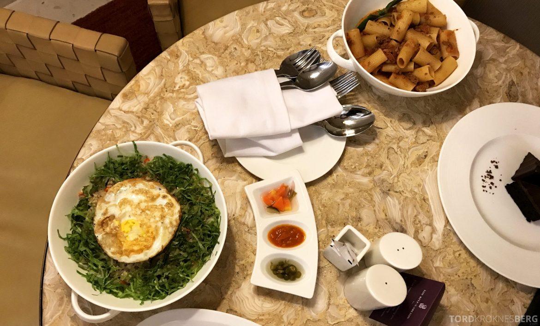 Ritz-Carlton Bali room service