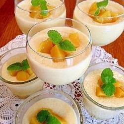 とろとろフルーチェのようなマンゴープリン:楽天レシピのすすめ