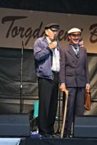 Nils Harald Lie presenterer vinnaren av beste drakt, Terje Fromreide - prisvinnar i 2013