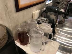 三ツ矢堂製麺 お茶