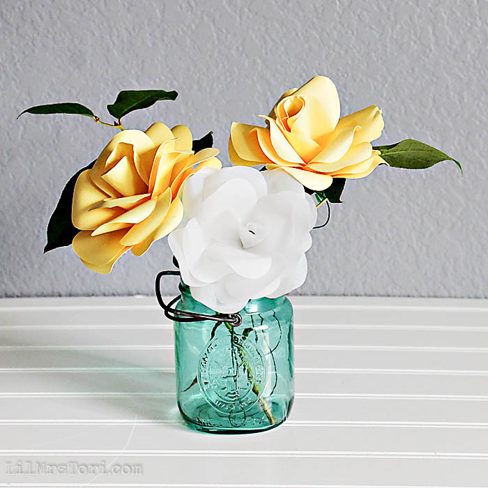 Pretty Paper Roses How To   Lil Mrs. Tori