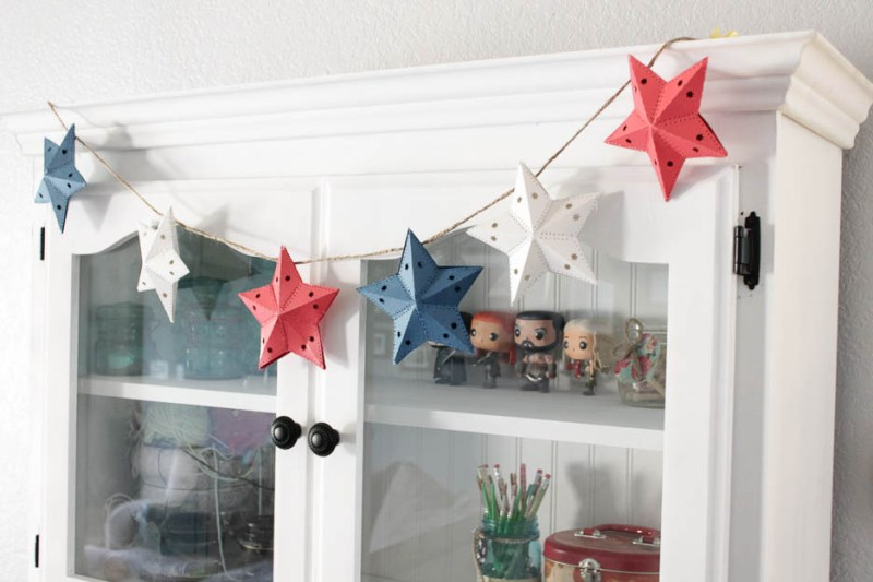 Make your own 4th of July Star garland