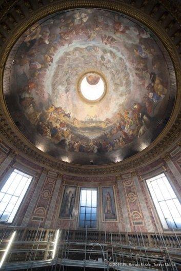 Torino, la cupola restaurata della Chiesa della Trinità.-6672