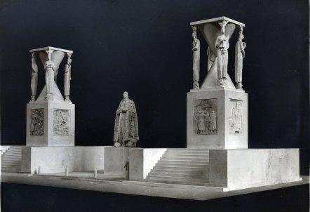 monumento 16