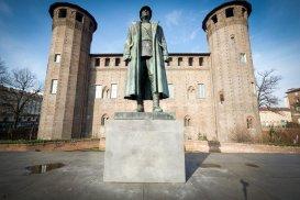 Il Duca di Aosta Emanuele Filiberto sul retro di Palazzo Madama