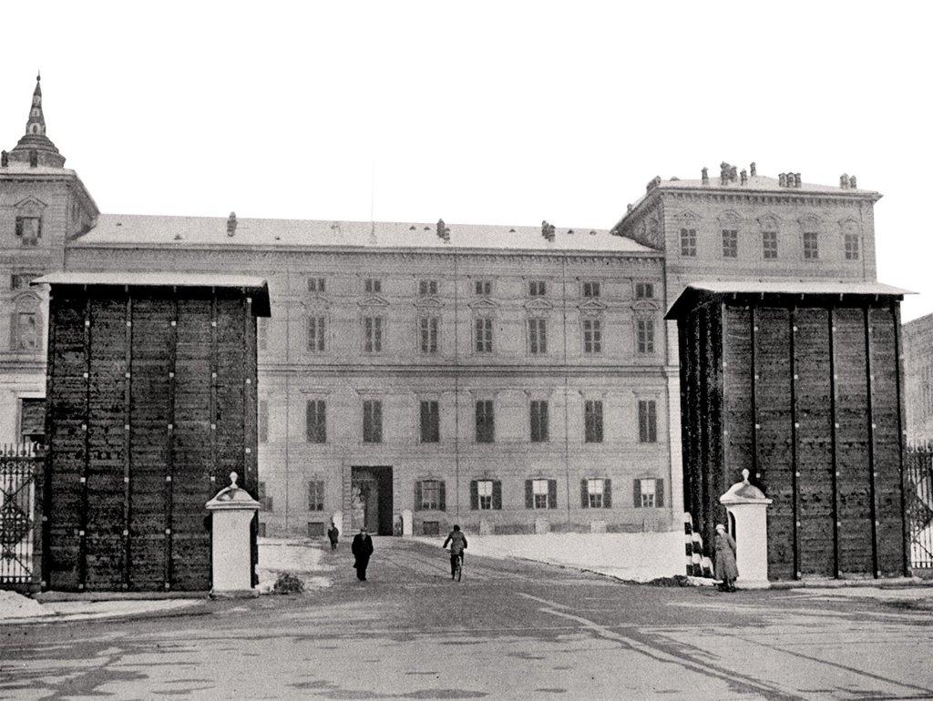 Dioscuri piazza castello protezione antiaerea