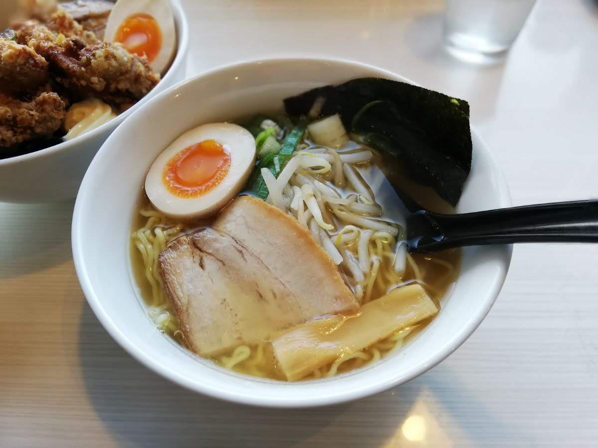 松江駅で洒落たラーメンタイムを過ごすなら|らあ麺ダイニング 為セバ成ル。KAKERU