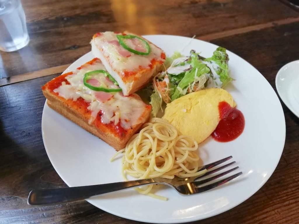 穏やかな朝時間を過ごすならCafe ailes(カフェエール)のトーストモーニングを|松江市袖師町