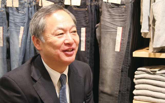▲1991年にロンドンに海外1号店を出店した際に 英リバティとのパートナーシップ契約書を 作成したのも松﨑社長だったという