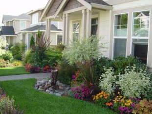 Landscaping-Design-Ideas-For-Front-Of-House