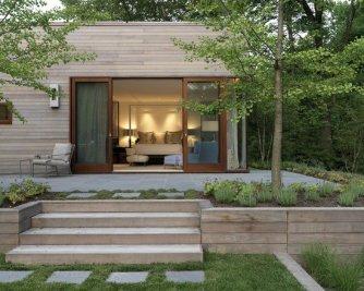modern-house-exterior-design-garden-and-deck