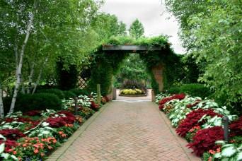 beautiful-garden3888-x-2592-2625-kb-jpeg-x