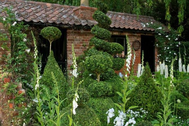 topiarist-garden-940x627_TSC2272