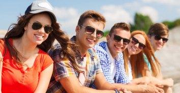 Benefits-Of-Wearing-Sunglasses_FT