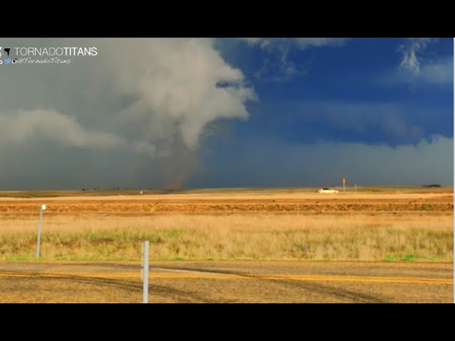 How big can tornadoes get? Does the size matter?