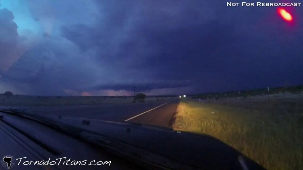 May 15, 2013 Storm Chase | Beautiful Storm Structure at Dusk near Jacksboro