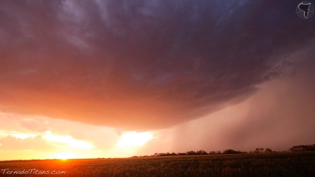 April 23, 2014 Storm Chase | OK/TX High Based Supercells + Pretty Sunset