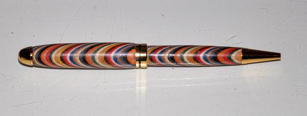1143 arcobaleno penna europea a 15 colori