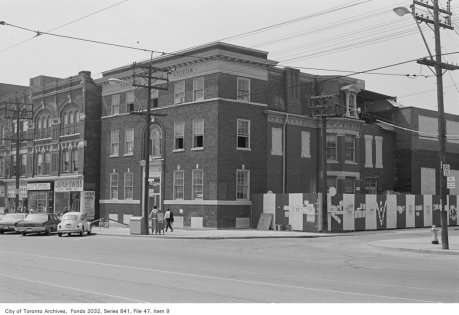 Corner of Spadina Ave. and St. Andrew St., looking south-west