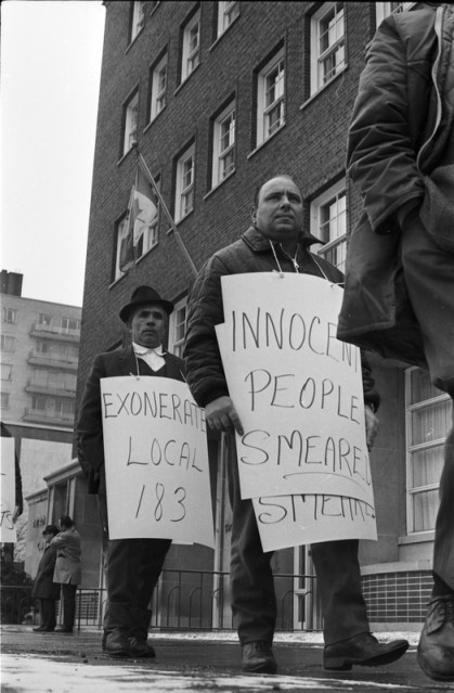 Local 183 members picketing the Metro Toronto Police Headquarters. Photo by Richard Cole. March 6, 1969. York University Libraries, Clara Thomas Archives and Special Collections, Toronto Telegram fonds, ASC58004.