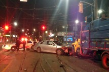 2 Taxis Garbage Truck Collide Queen And Coxwell