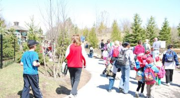 Zoo visitors enjoying the sunshine during the Easter long weekend.