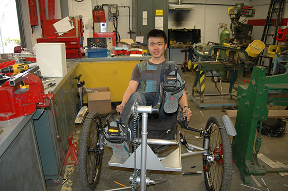 Marc Garneau Collegiate's moon buggy, manned by team-leader Peter Wen (photo by Hawii Gudeta)