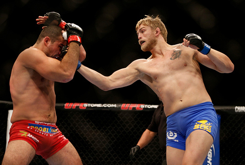 Alexander Gustafsson aims to upset at UFC165. Photo credit: Graciemag.