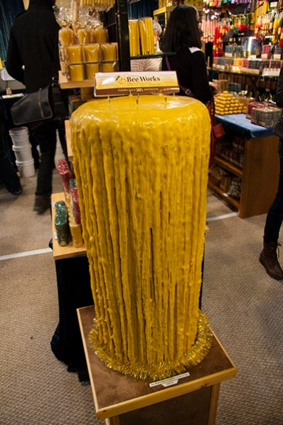 A 40th anniversary candle, weighing over 45 kg.