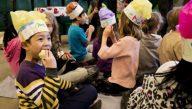 Children enjoy fresh Ontario-grown apples at FoodShare's Great Big Crunch