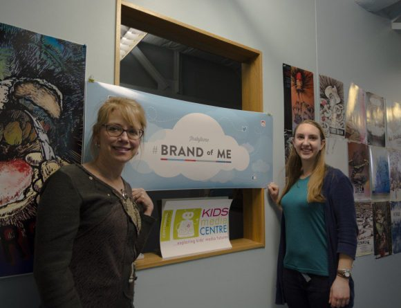 Debbie Gordon (left) and Emily DeVries (right) work alongside kidsmediacentre and the #BrandOfMe study.