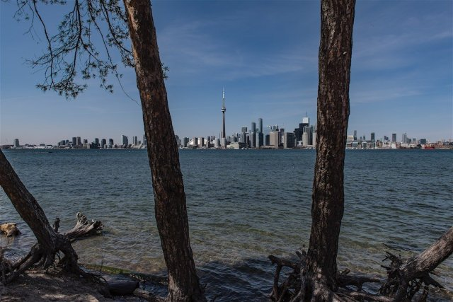Toronto Skyline at Snake Island
