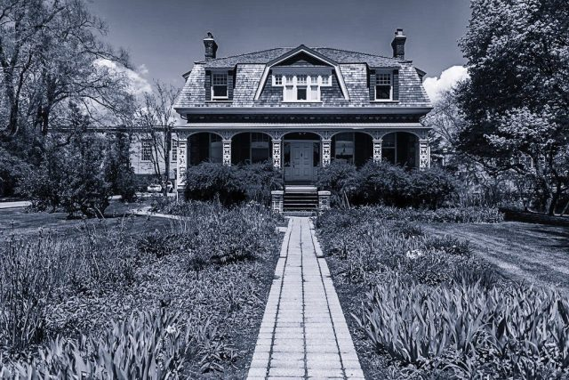 Ashbridge Estate (photo by Bruce christie 2016)