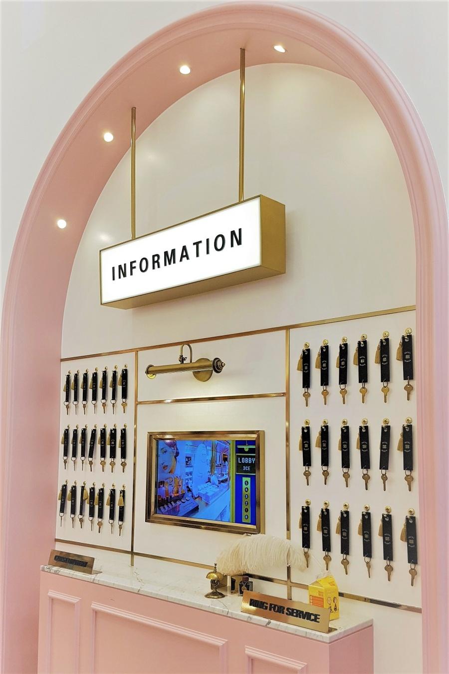 style nanda pink hotel pink pool cafe toronto seoulcialite