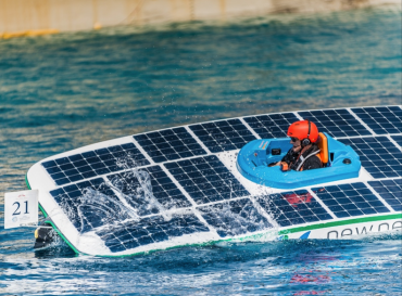 Solar Speed boat with solar panels on bow