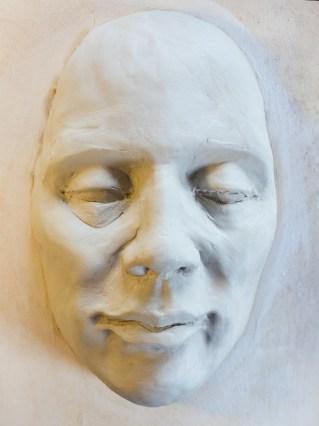 torpedes,portrett,skulptur