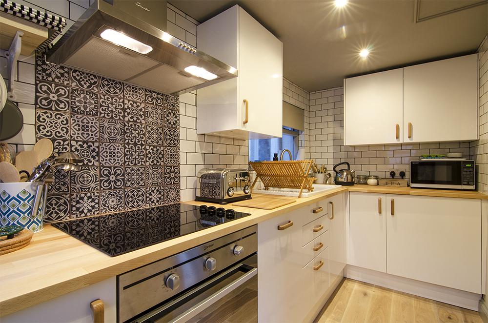 cooks cottage shaldon kitchen