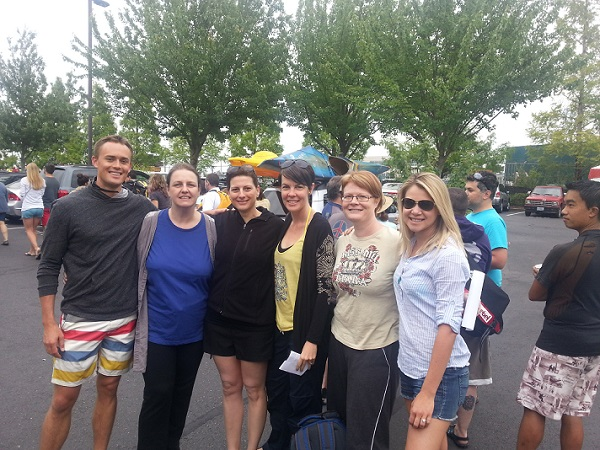 "L to R : Scott, Patricia, Nazrin, Leah, Melanie, Chelsea at the ""World Float"" world record, July 5th 2013, Portland OR, USA"