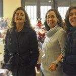 Madres del Colegio San Ignacio, montando el rastrillo