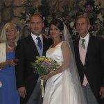 Leticia y Fernando acompañados por los padres de Leticia