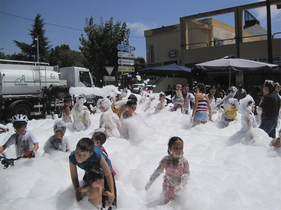 Fiesta de la Espuma en Torrelodones
