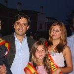 El Alcalde de Galapagar con los Reyes de las Fiestas de 2011