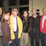 Los padres de Javier Villalba, junto a Samanta y otros padres del equipo.