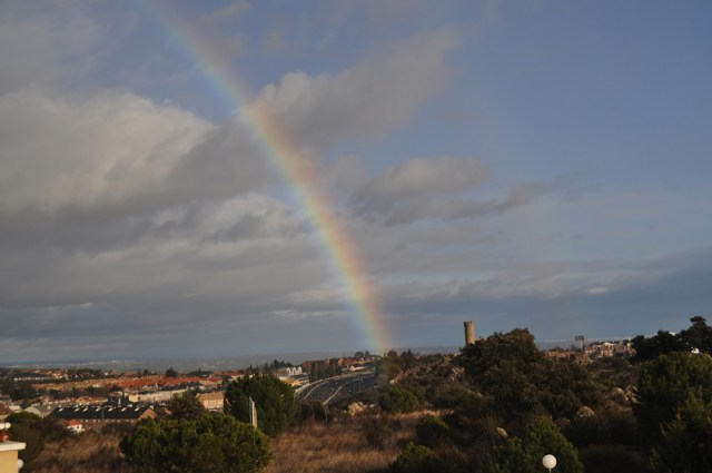 Arcoiris en Torrelodones 5-2-2012 (Foto: Fernando del Rey)